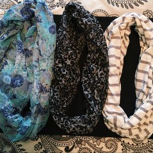 Set of 3 infinity scarves